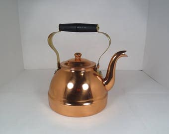 Laminaco Copper Kettle with Lid and Wooden Handle, Made in Colombia, Brass Kettle, Vintage Kettle