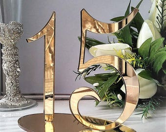 """1-25 table numbers gold, without the number """"10"""""""