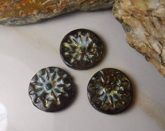3 Ceramic Buttons / Porcelain Buttons /  Handmade Buttons / items #669