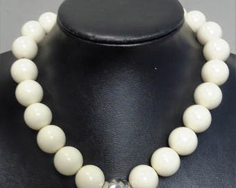 Signed MONET - Ivory Lucite Chunky Bold Statement Necklace 1980s - gift for woman mothersday gift