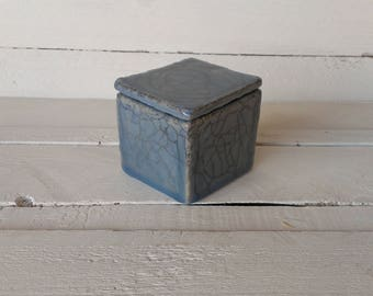 Blue cracle box | ceramic jewelry box