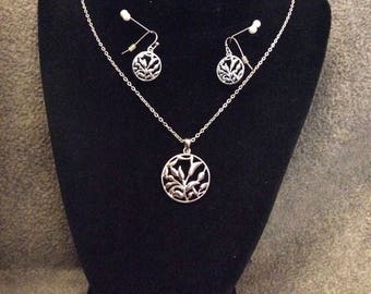 "Leaf Filigree Earrings and Necklace Set, Signed ""SHA"""