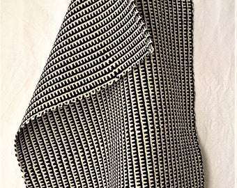 Black and white handwoven guest towel in cotton and linen