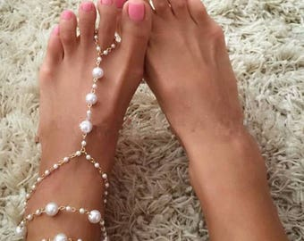 A Pair of Bridal Barefoot Sandals Pearl Multi-Layer Anklet Wedding Beach Foot Jewelry BJ6017n
