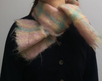 SALE * mohair pink check scarf warm vintage 80's