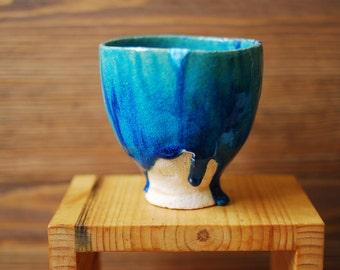 Ceramic cup teabowl