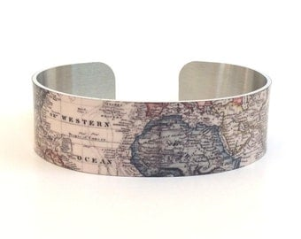World Map Bracelet - Map Cuff Bracelet - Cuff Jewelry Map - Vintage Map Jewelry