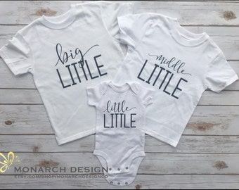 Cute Big Middle Little Shirts to wear for photos to announce pregnancy Third Baby Pregnancy Announcement