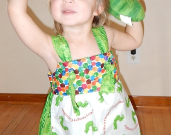 Colorful caterpillarsdress with apron, polka dots and knot straps