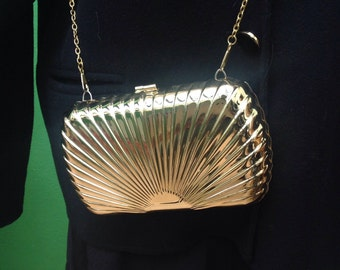 Vintage clutch bag. Metallic clutch. 80s clutch.