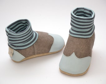 Felt - baby shoes slippers