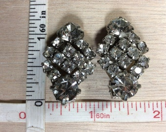 Vintage Silver Toned Rhinestone Clip On Earrings Used Lot K