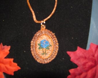 Ginny Embroidered Flower Pendant Necklace (Oval)
