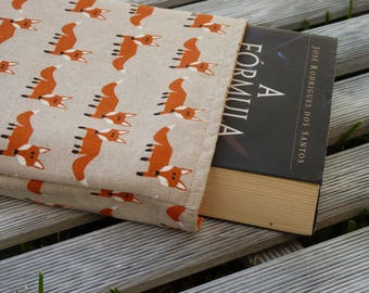 Book Sleeve Fox, Fox Book cover, Fox Fabric, Small Medium Book Sleeve, Book Lover Gift, Book Pouch, Paperback Cover, Fox gift, teen gift