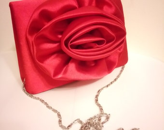 Absolutely Stunning Vintage Red Rose Handbag with Silver Chain