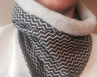 Navy Blue and White Zig-Zag Pattern Functional Handmade Collar Coze Cowl Neckwarmer
