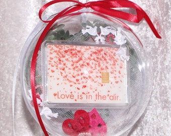 1 g gold gift bar motif: Love is in the air in Plexiglass ball handmade decorated Valentine's Day gift wedding gift