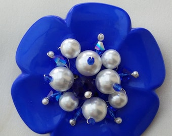 Pretty Flower Brooches
