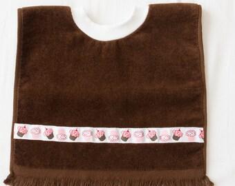 Personalized, Cupcake  Baby or Toddler Towel Bib, Handmade Girl Baby Shower Gift, Pullover Full Coverage Bib, Toddler Art Smock