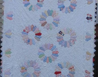 Twin Size Antique Hand Made 'Dresden Plate Quilt' #17655