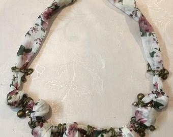 Vintage Middle Eastern necklace - Handmade