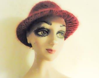 Hat for Lady - Color Burgundy Vintage True Wool / Hat for woman wool true color: bordeaux
