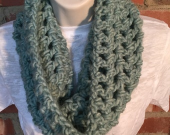 Pale Green Chunky Cowl Neck Infinity Scarf | Light Green Scarf | St Patricks Day Scarf