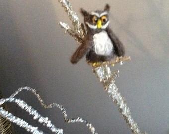 Needled felted standing owl