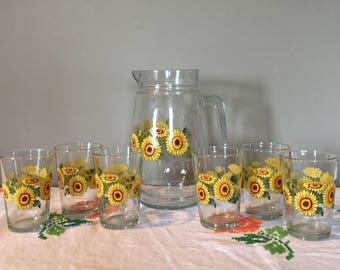 Vintage Juice pitcher with 6 glasses Sunflower Pattern/KigMalaysia juice pitcher & glasses set/vintage juice set sunflowers