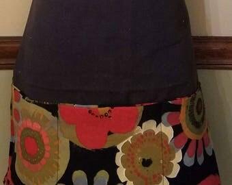Utility apron, gardening apron, craft apron,garden apron,crafting apron, art apron,teacher's apron,artist apron,vendor apron,waitress apron