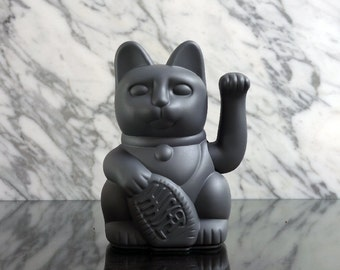 Maneki Neko / Lucky Cat / Waving Cat in 2 Sizes – Grey