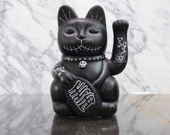Maneki Neko / Lucky Cat / Waving Cat in 2 Sizes – Black Day of the Dead
