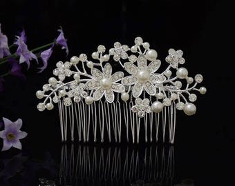 Wedding hair comb,Bridesmaid hair comb,Bridal hair comb,Flower hair comb,Wedding hair accessories,Wedding hair piece,Pearl hair comb.