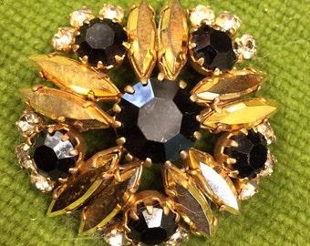 Vintage brooch, flower brooch, gold effect  brooch, gem brooch, vintage jewellery, scarf brooch, sparkly brooch