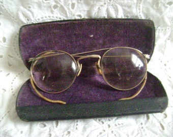VINTAGE EYEGLASSES, Wire Rim eyeglasses, 12K GF With Hard Shell Case Very Thick Lenses