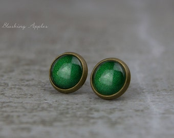 "Earrings Studs in Dark Green ""Ivy"", 10 mm / hand painted earplugs - minimalistic earrings, everyday jewelry"