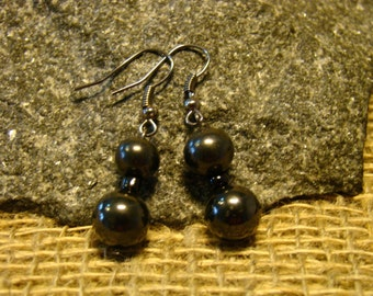 Shungite earrings from beads 8, 10 mm. from Karelia.