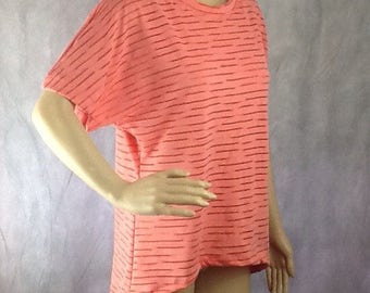 Peach/pinky oversized jersey loose fitting tshirt, dipped hem size 12/14