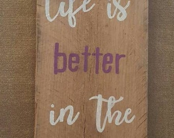 """Homemade """"Life is better in the barn"""" pallet sign"""