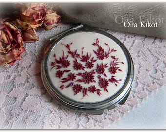 Pocket mirror in the style of filigree Vintage mirror of polymer clay Mothers Day St Patricks Day