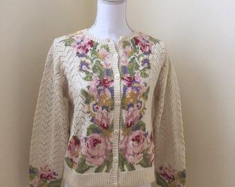 Vintage Sweater / Adrienne Vittadini Flowers