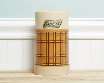 Vintage Thermos-Camping Kitchen Aladdin Pint Wide Mouth Thermos Bottle WM4040 Plaid Soup Lunch Thermos-Vintage Display