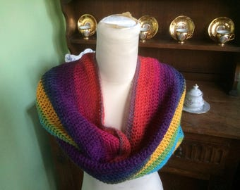 Infinity scarf, Autumn Shaded scarf,  Shaded cowl, Hand Made, Hand crochet, Crocheted infinity scarf, Crochet scarf, Lovely Shaded yarn