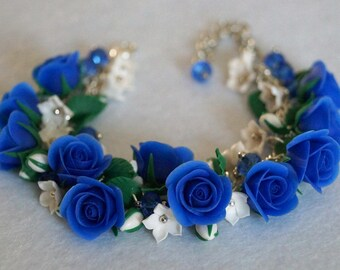 Bracelet with blue roses from polymer clay