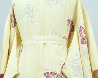 Vintage Silk Kimono Robe - Women's clothing/silk robe/floral robe/kimono jacket/dressing gown/boho kimono/coverup/kimono cardigan/poncho