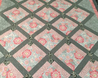 Floral Quilt, Gray, Pink, Black, Adult Quilt, Handmade Quilt, Custom Quilting