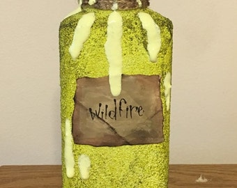 Game of Thrones Wildfire potion bottle *glows in the dark