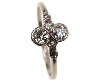 Antique Engagement Ring - Edwardian Diamonds set in Platinum - England approx. 1910