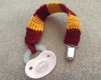 Harry Potter baby Gryffindor Pacifier Clip