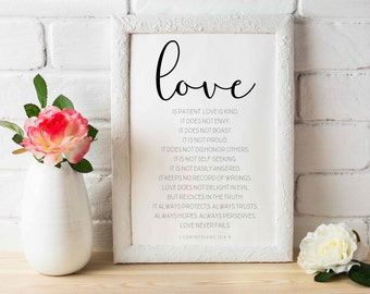 Printable // Love is Patient, Love is Kind // 1 Corinthians 13:4-8 // Bible Verse // 5x7, 8x10